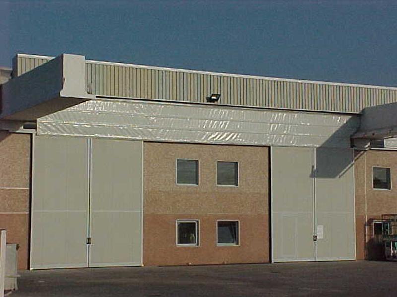 high speed industrial fold up door pack crane