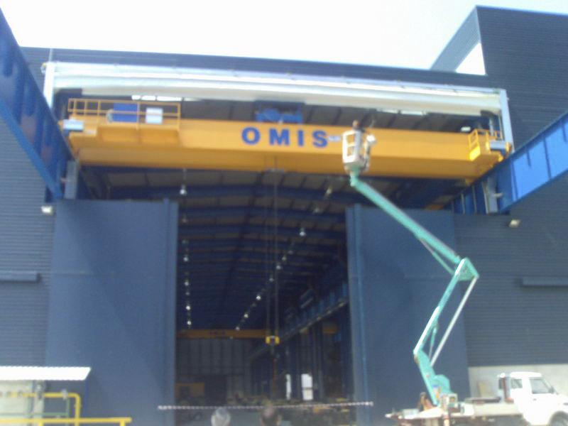 high speed fold up pack crane door