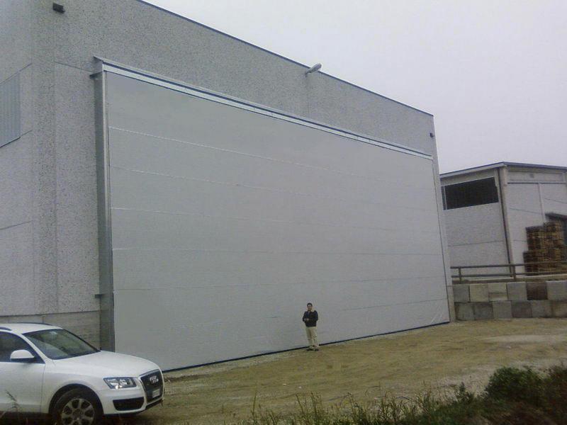 portone industriale grandi dimensioni ad impacchettamento