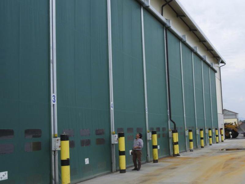 Puertas enrollables de naves DynamicRoll Industry
