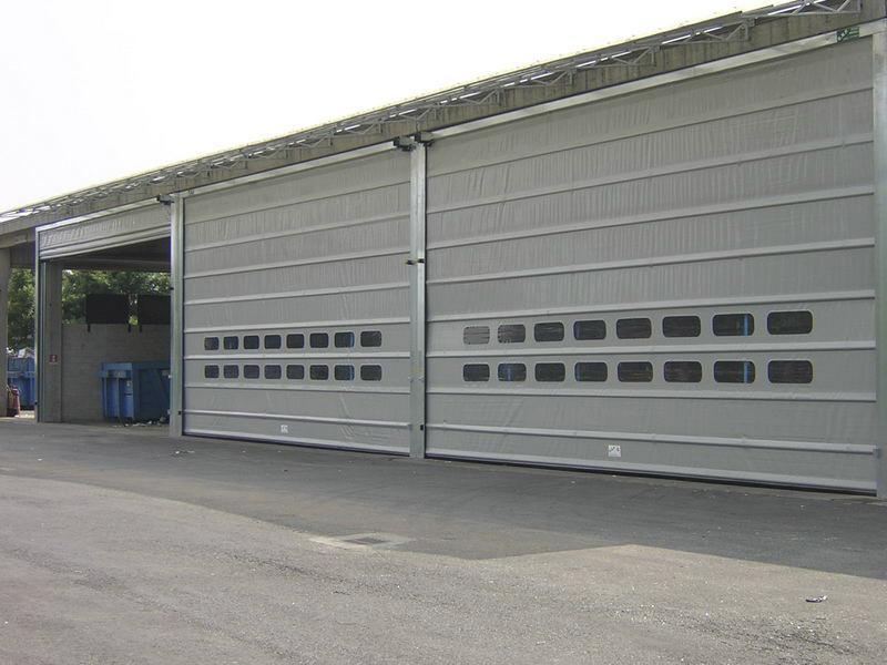 puertas enrollables industriales de lona