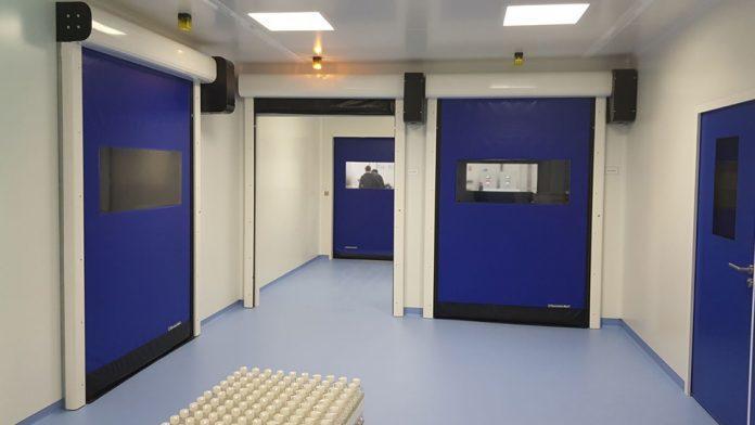 puerta para laboratorio farmaceutico